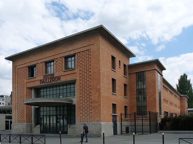 Photo du Monument Historique Piscine Pailleron situé à Paris 19e Arrondissement