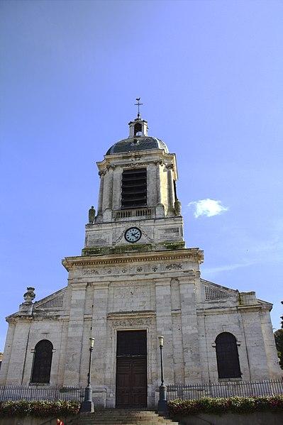 Photo du Monument Historique Eglise Saint-Michel situé à Bolbec