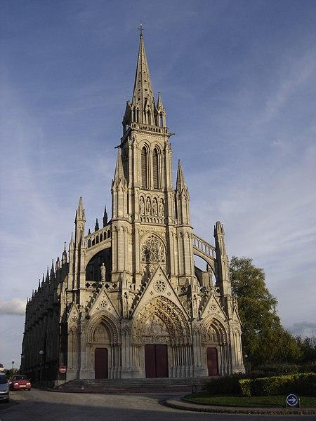 Photo du Monument Historique Basilique Notre-Dame situé à Bonsecours