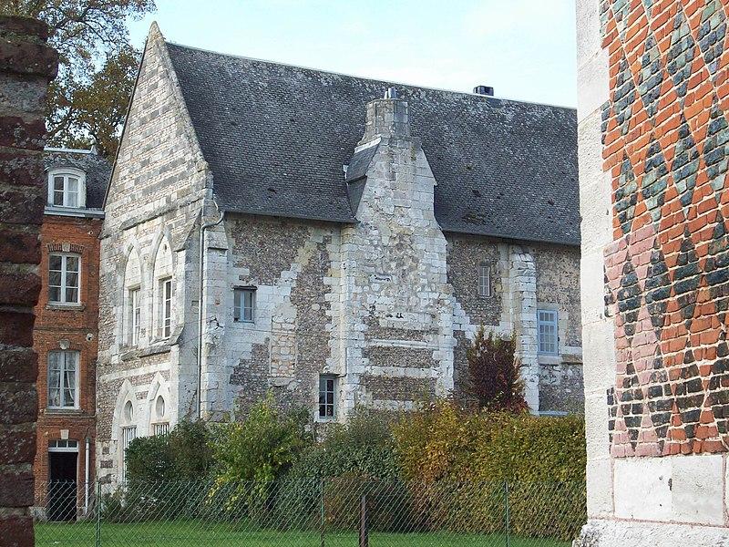 Photo du Monument Historique Ancien manoir des abbesses de Saint-Amand situé à Boos