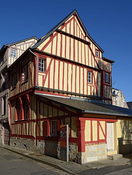 Photo du Monument Historique Immeubles situé à Caudebec-en-Caux