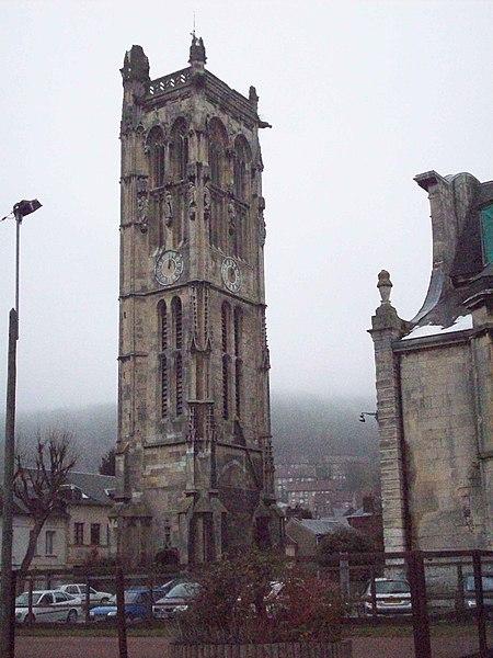 Photo du Monument Historique Eglise paroissiale Saint-Pierre de Carville situé à Darnétal