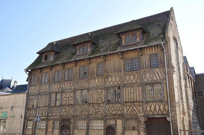 Photo du Monument Historique Maisons situé à Dieppe