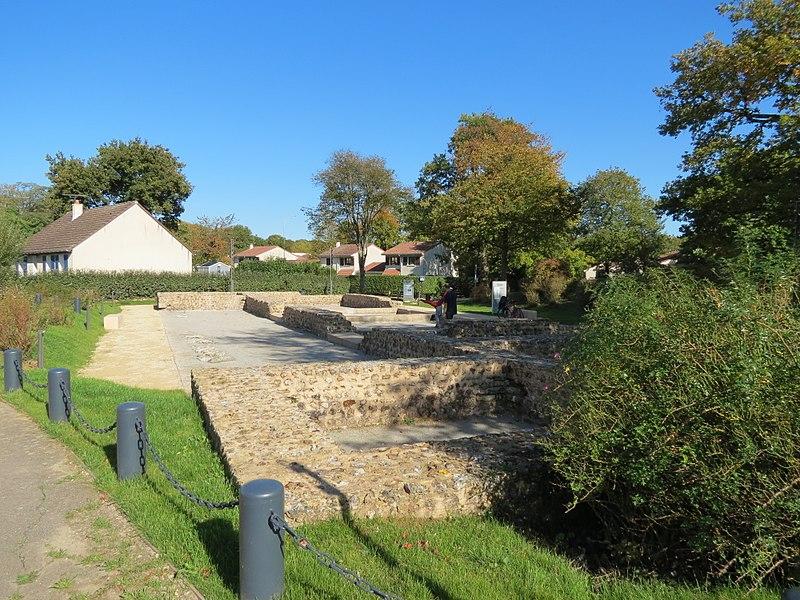 Photo du Monument Historique Villa du Buquet situé à Elbeuf