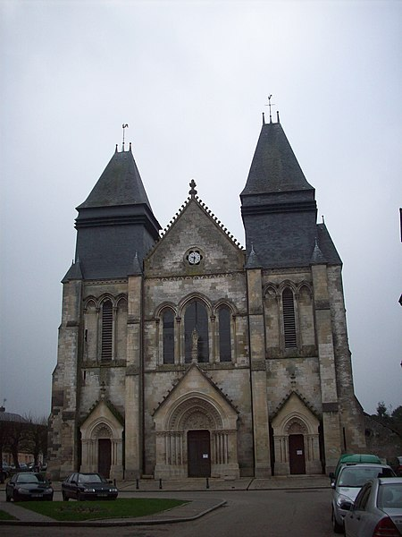 Photo du Monument Historique Eglise Saint-Hildebert situé à Gournay-en-Bray
