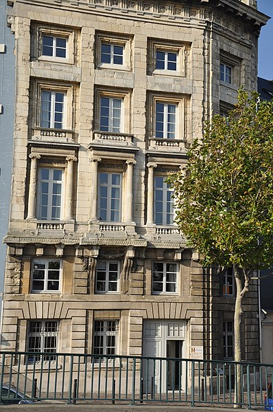 Photo du Monument Historique Immeuble (ancienne maison de l'Armateur, actuellement Musée de l'Armement naval) situé à Le Havre