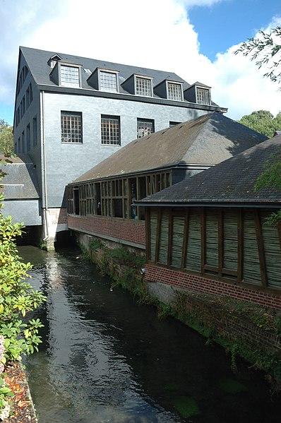 Photo du Monument Historique Filature de coton, puis corderie Vallois, actuellement Musée industriel de la corderie Vallois situé à Notre-Dame-de-Bondeville