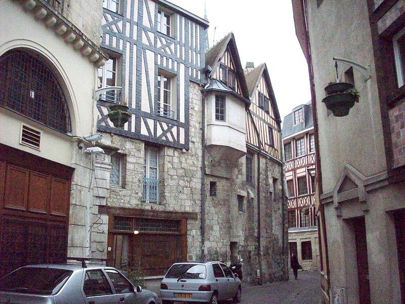 Photo du Monument Historique Ancienne abbaye de Saint-Amand situé à Rouen