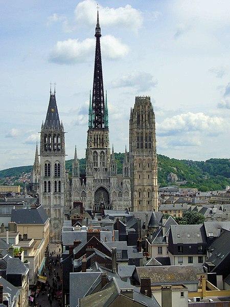 Photo du Monument Historique Ensemble archiépiscopal situé à Rouen