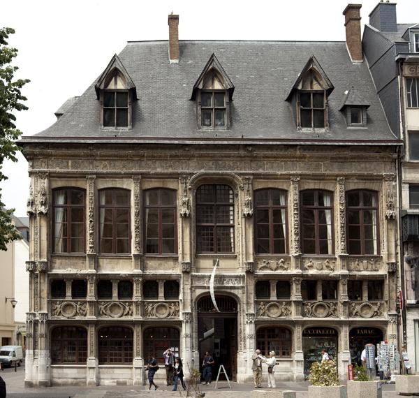 Photo du Monument Historique Ancien Bureau des Finances situé à Rouen