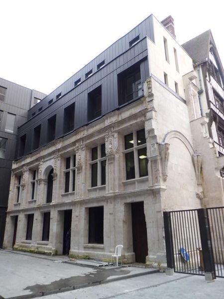 Photo du Monument Historique Ancienne Chambre des Comptes ou hôtel Romé situé à Rouen