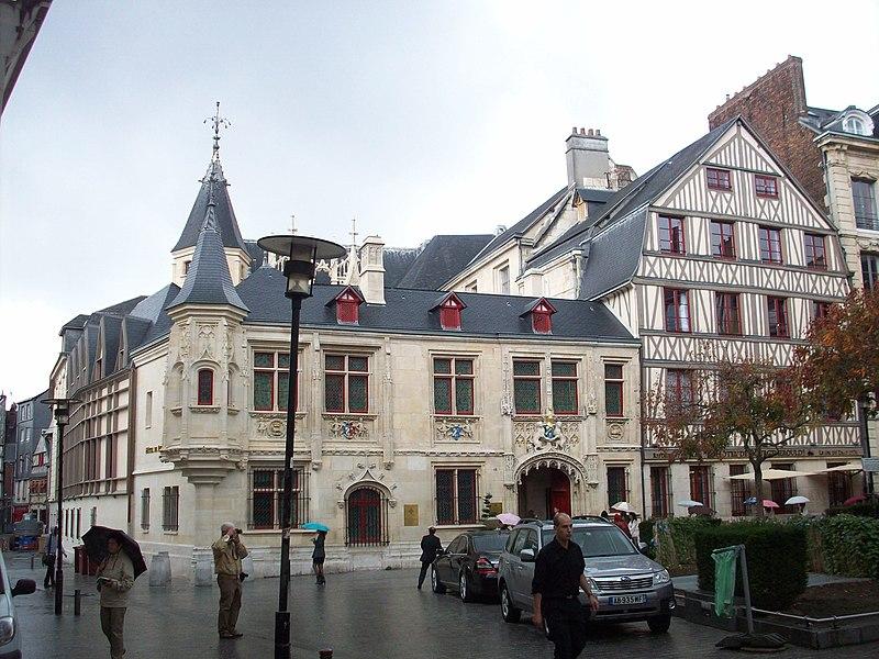 Photo du Monument Historique Hôtel de Bourgtheroulde situé à Rouen