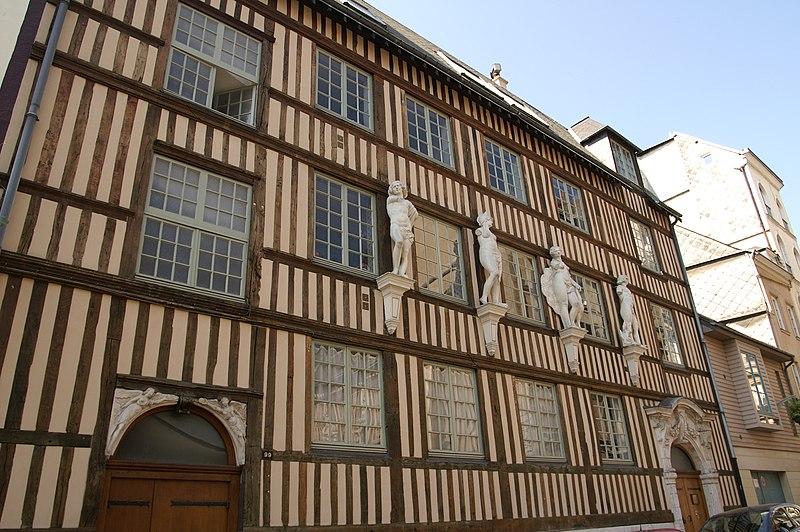 Photo du Monument Historique Hôtel d'Etancourt situé à Rouen