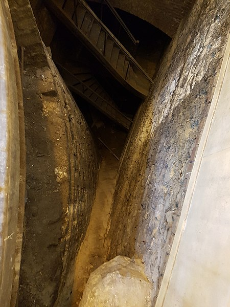 Photo du Monument Historique Restes de la tour dite de la Pucelle, ou Tour devers les Champs situé à Rouen