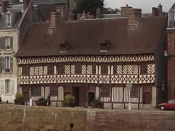 Photo du Monument Historique Maison dite de Henri IV situé à Saint-Valery-en-Caux
