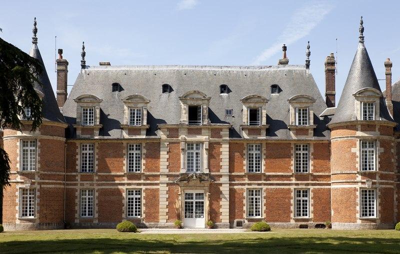 Photo du Monument Historique Château de Miromesnil (également sur commune de Saint-Aubin-sur-Scie) situé à Tourville-sur-Arques