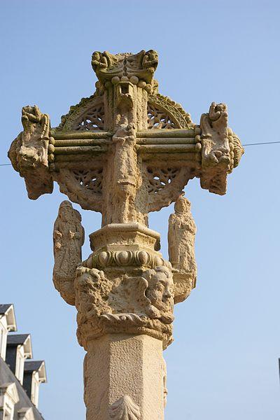 Photo du Monument Historique Croix de pierre situé à Le Tréport