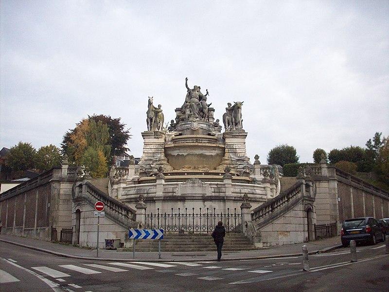 Photo du Monument Historique Fontaine-réservoir Sainte-Marie situé à Rouen