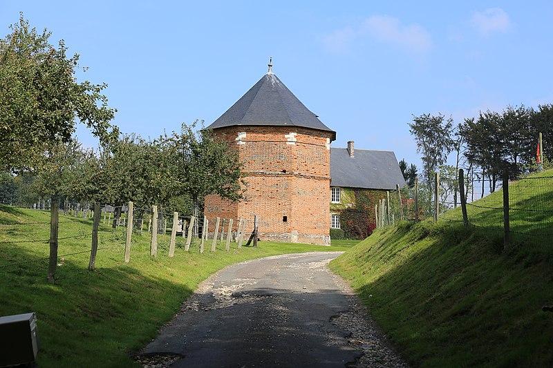 Photo du Monument Historique Manoir d'Epaville situé à Montivilliers