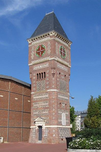 Photo du Monument Historique Château d'eau-marégraphe situé à Rouen