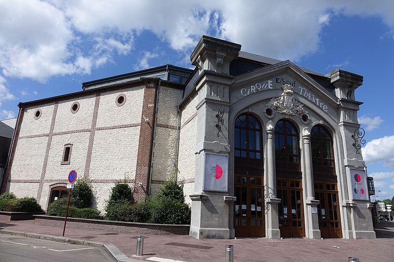Photo du Monument Historique Cirque-théâtre situé à Elbeuf