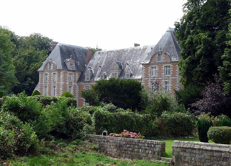 Photo du Monument Historique Château de Silleron situé à Angiens