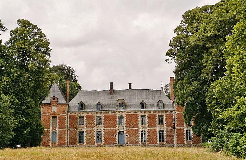 Photo du Monument Historique Château de la Petite-Heuze situé à Les Grandes-Ventes