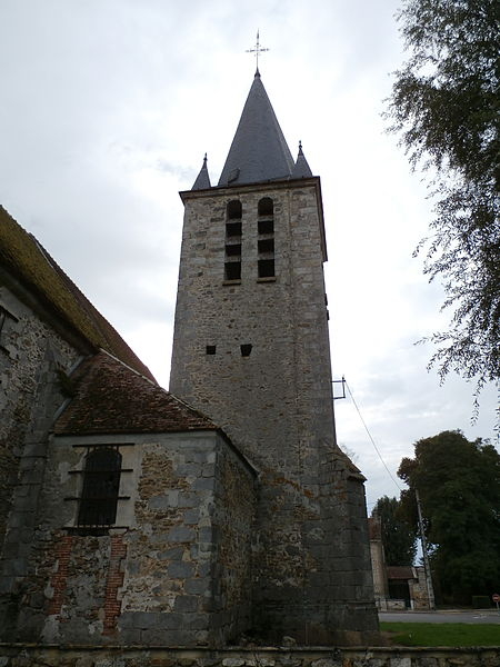 Photo du Monument Historique Eglise Saint-Aubin d'Ozouer-le-Repos situé à Aubepierre-Ozouer-le-Repos