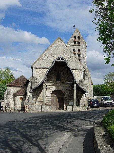 Photo du Monument Historique Eglise Saint-Pierre situé à Avon