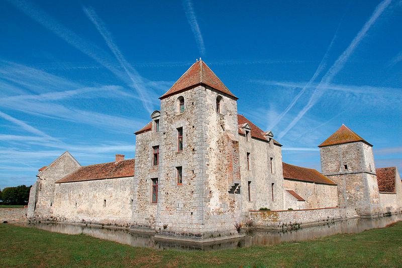Photo du Monument Historique Ferme fortifiée dite des Epoisses situé à Bombon