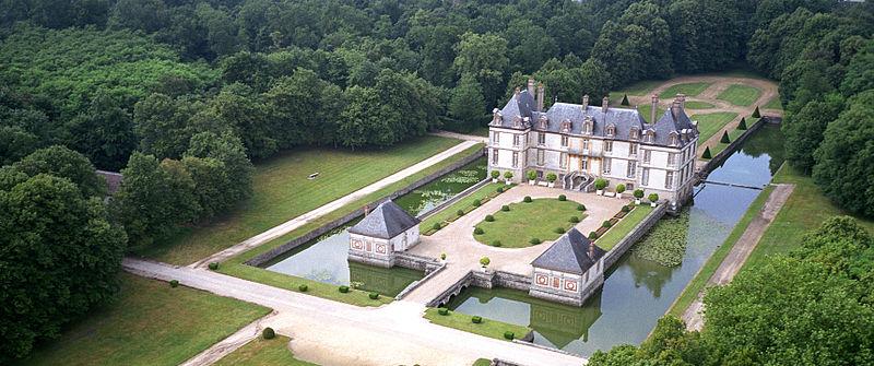 Photo du Monument Historique Château de Bourron situé à Bourron-Marlotte