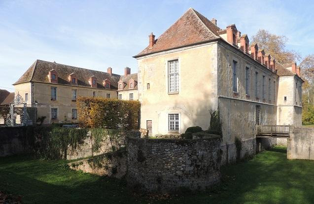 Photo du Monument Historique Château situé à La Chapelle-Gauthier