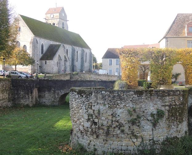Photo du Monument Historique Eglise situé à La Chapelle-Gauthier
