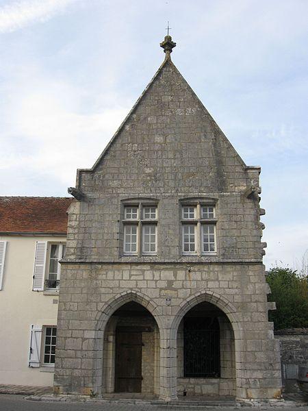 Photo du Monument Historique Hôtel de la Monnaie situé à Château-Landon