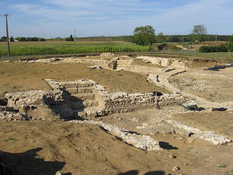 Photo du Monument Historique Vestiges gallo-romains situé à Châteaubleau