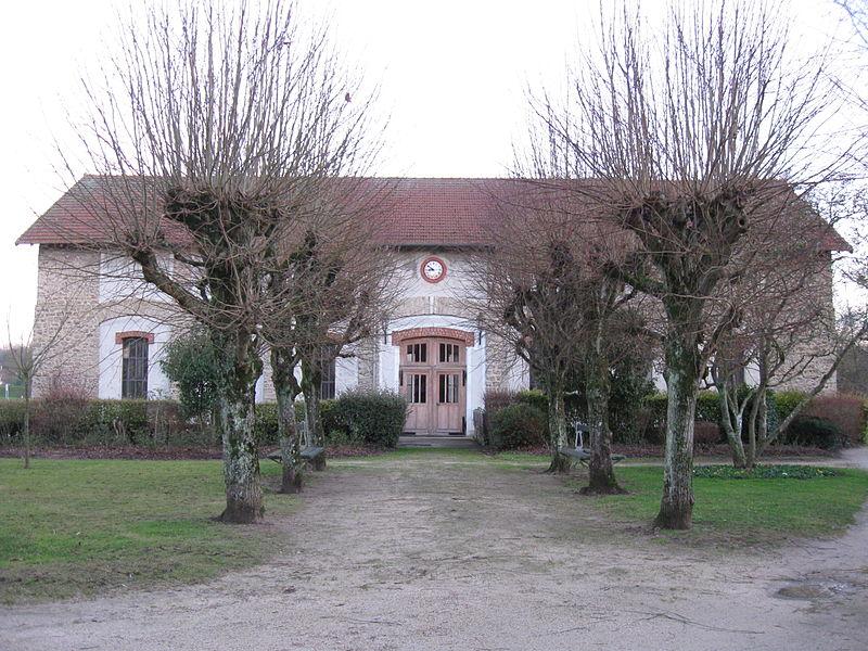 Photo du Monument Historique Usine élévatoire des eaux d'Isles-les-Meldeuses situé à Congis-sur-Thérouanne
