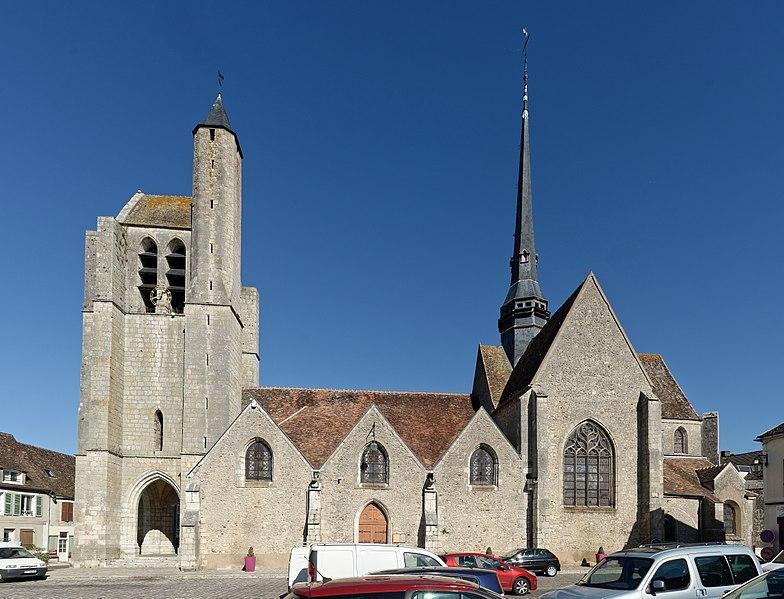 Photo du Monument Historique Eglise Saint-Martin situé à Egreville