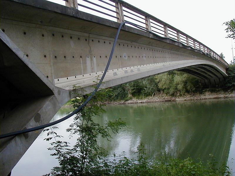Photo du Monument Historique Pont sur la Marne (également sur commune d'Isles-lès-Villenoy) situé à Esbly