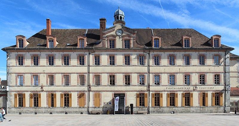 Photo du Monument Historique Bâtiment de la Mission situé à Fontainebleau