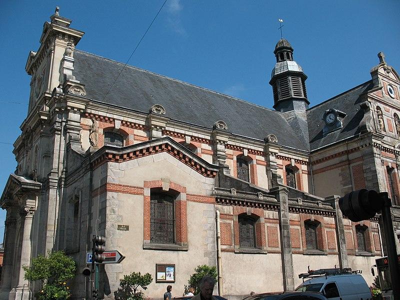 Photo du Monument Historique Eglise Saint-Louis situé à Fontainebleau