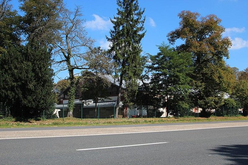 Photo du Monument Historique Quartier du Carrousel situé à Fontainebleau