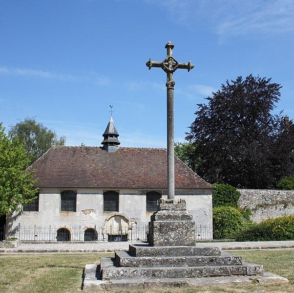 Photo du Monument Historique Croix de l'ancien cimetière situé à Jouarre