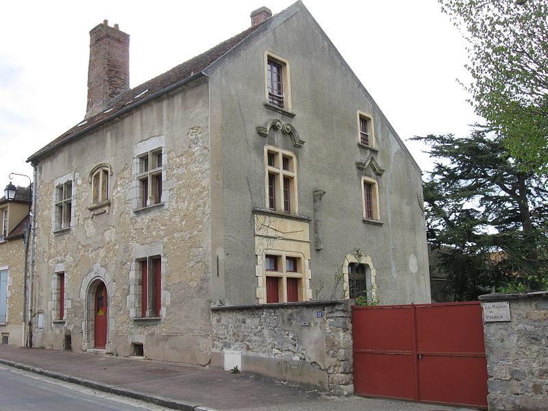 Photo du Monument Historique Hôtel dit du Pélerin situé à Larchant