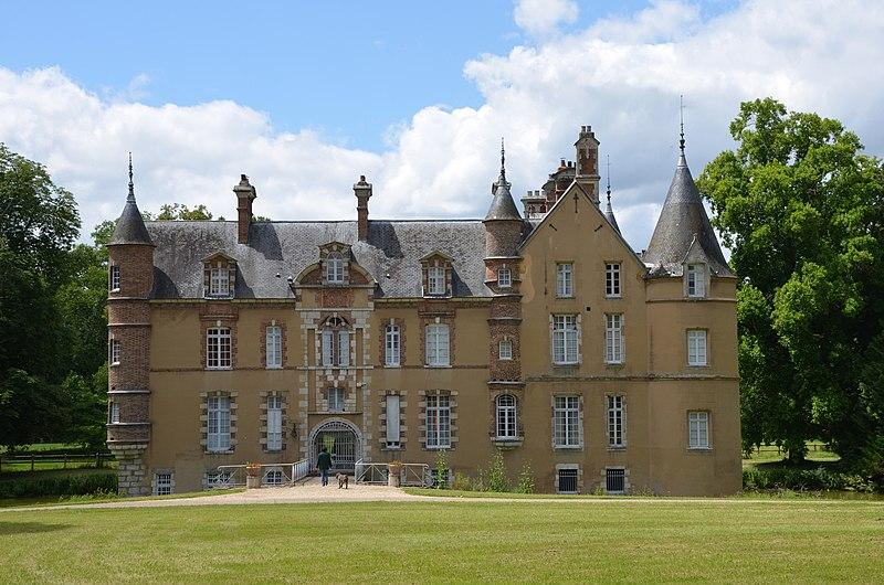 Photo du Monument Historique Château de La Motte situé à Lorrez-le-Bocage-Préaux