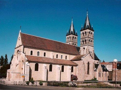 Photo du Monument Historique Eglise Notre-Dame situé à Melun