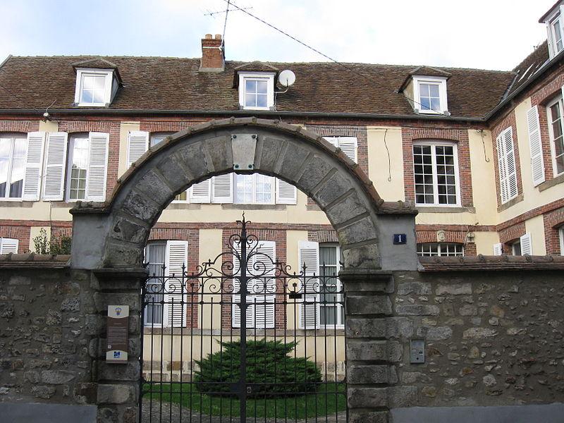 Photo du Monument Historique Logis du Grand-Cerf situé à Montereau-Fault-Yonne