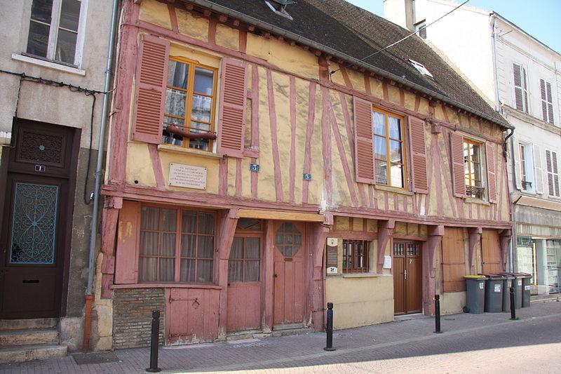 Photo du Monument Historique Maison situé à Montereau-Fault-Yonne