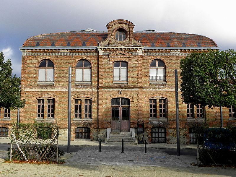 Photo du Monument Historique Anciens réfectoires situé à Noisiel