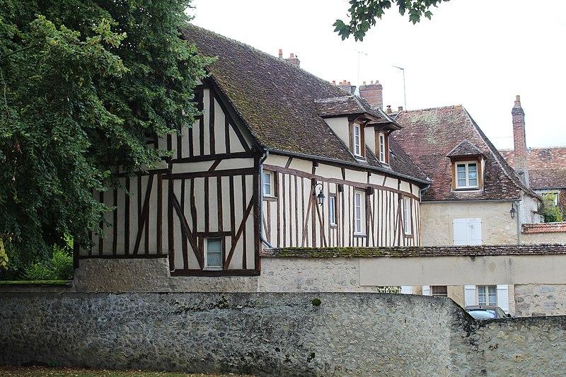 Photo du Monument Historique Tribunal ecclésiastique situé à Provins