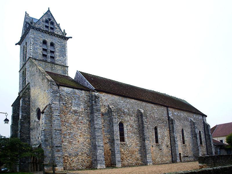 Photo du Monument Historique Eglise situé à Ury